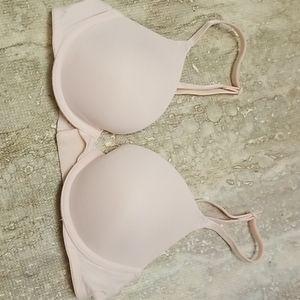 Victoria secret bra wear everywhere push up bra 32